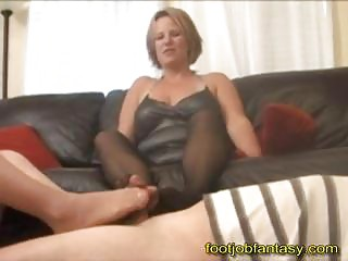 twice mature babe footjob