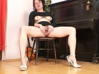 older  milf hedvika shaggy cave sex toy fucking