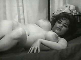 vintage mature babe mamas from the 50s have large