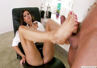 india summer goes to the d like to fuck therapist