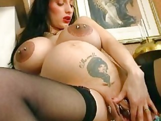 bizarre pregnant milf spreads her extreme cave