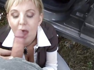 slutty cougar does crazy things for banknotes