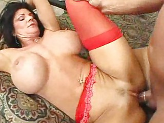 older  horny babes into pantyhose