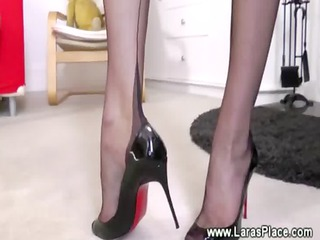 cougar in nylons is driving a penis