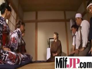 pretty japanese mature babe chick get gang-banged