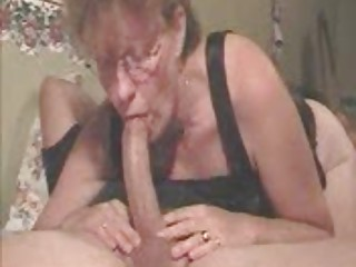 deepthroat woman
