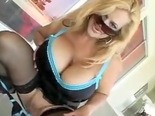 owesome mature babe group fuck