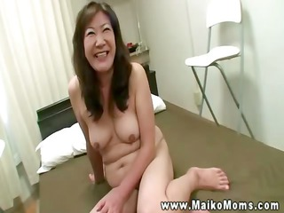 asian milf fills oral with dick for this