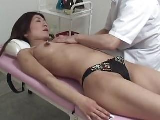 amateur woman massage orgasm part 1