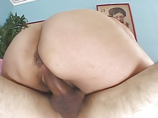 awesome hairy mature babe gets boned