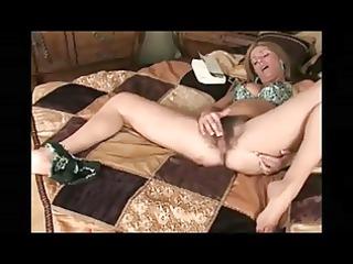 mature hairy vagina
