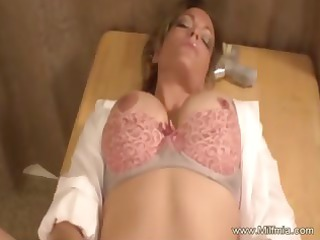 bleached amateur milf squirts for us